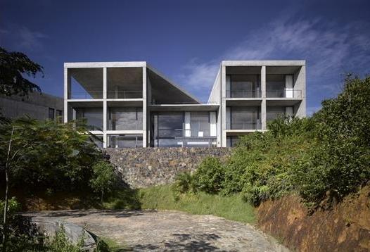 安藤忠雄設計のスリランカの住宅外観