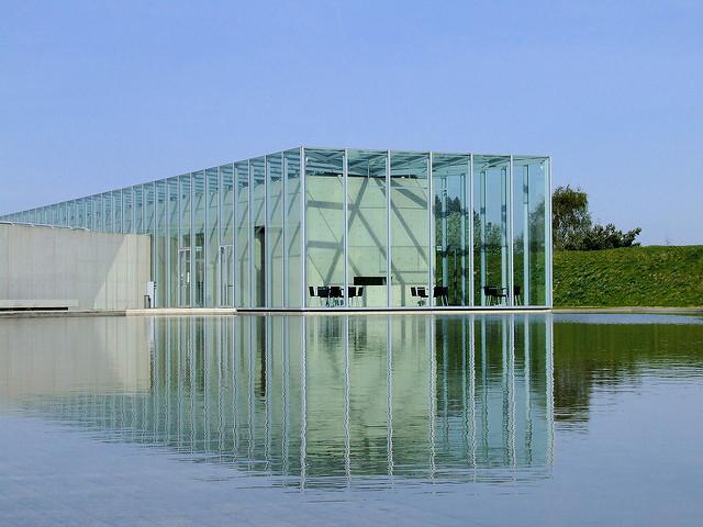 安藤忠雄設計のランゲン美術館の外観