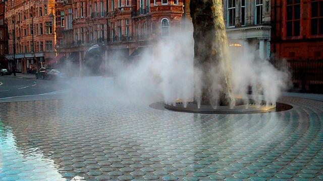 安藤忠雄設計の噴水「サイレンス」の写真