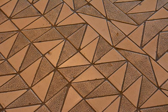 東京文化会館の床