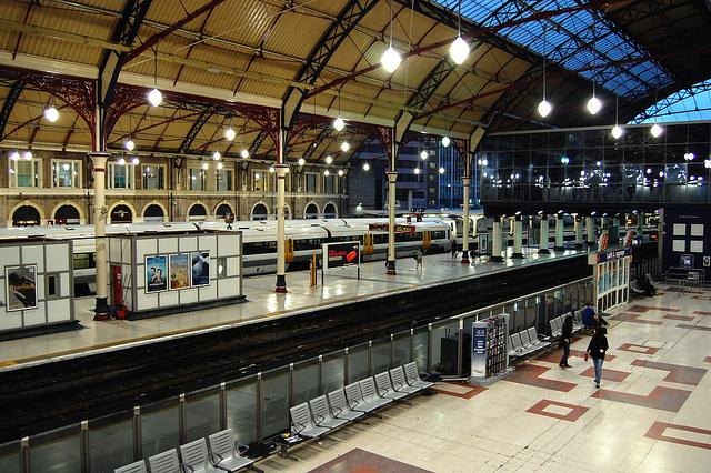 ロンドン駅の別の視点